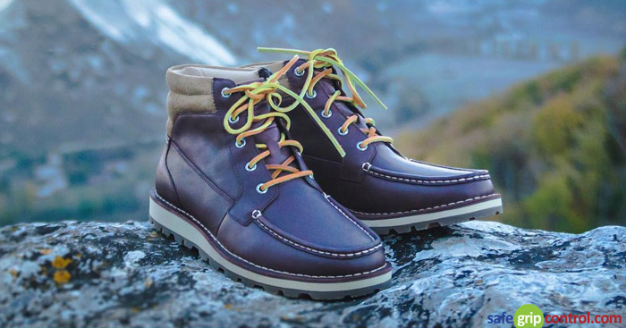 With 3mm of thickness and 47 Inches (120 cm) in length, the natural brown shoelaces also fit ankle boat shoes.